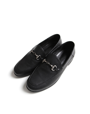 002 G BLACK LOAFER